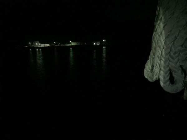 ライトを使用していない夜間の様子