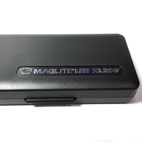 LED懐中電灯 マグライトXL200 ボックス外観